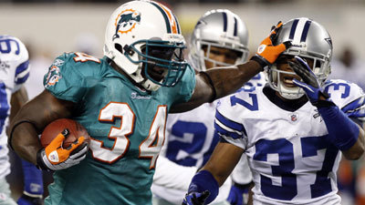 Ravens Sign Ricky Williams To Be No 2 Running Back Baltimore Sun