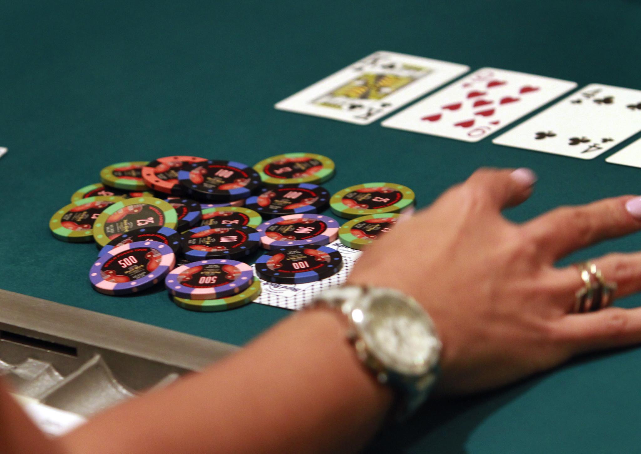 Palm Beach Kennel Club poker - Sun Sentinel