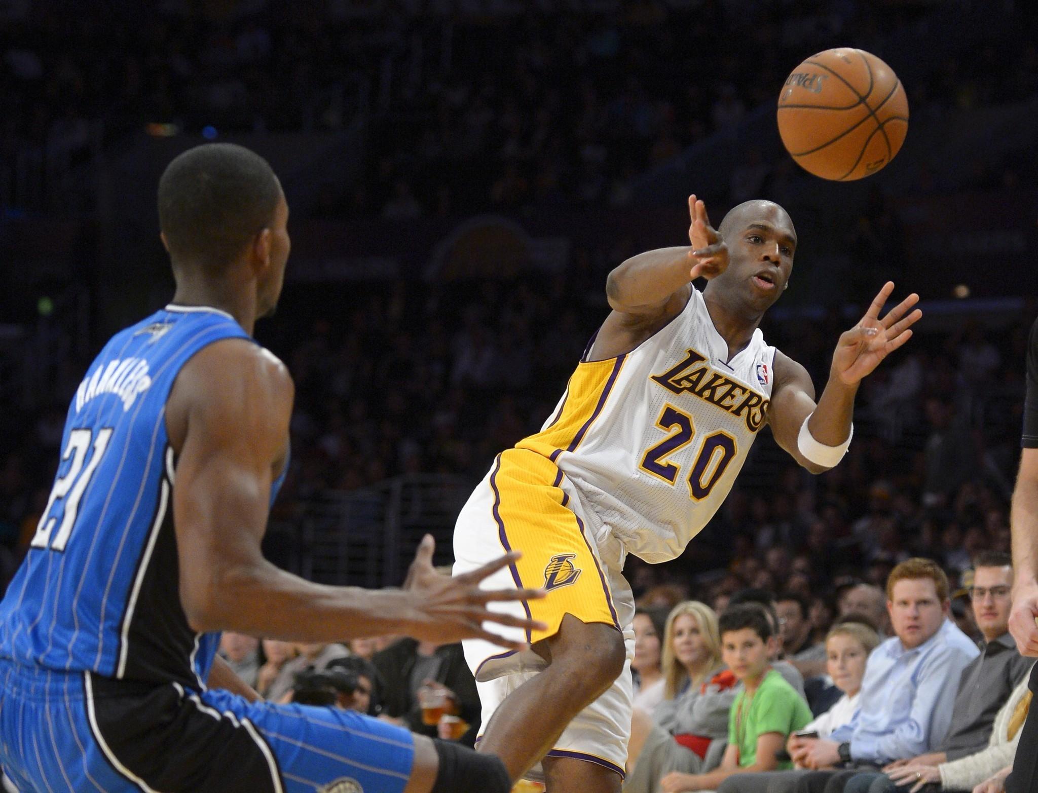 Lakers vs. Magic - LA Times