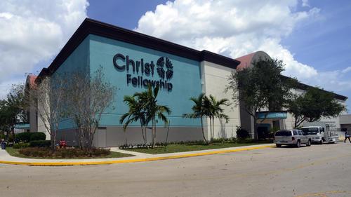 Mega Iglesia Christ Fellowship Ahora En El Boynton Beach Mall Fotos