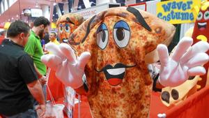 For pizza vendors, Vegas expo is a slice of heaven