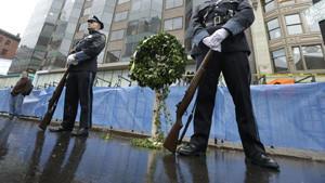 Boston waits to see whether security hampers marathon festivity