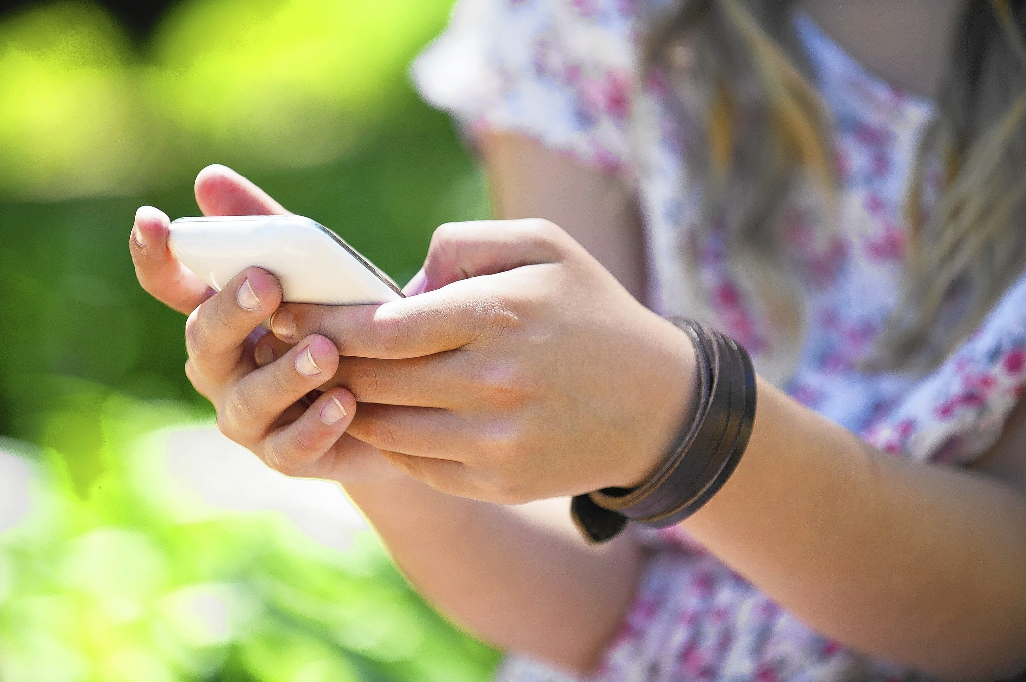 get paid to sexting