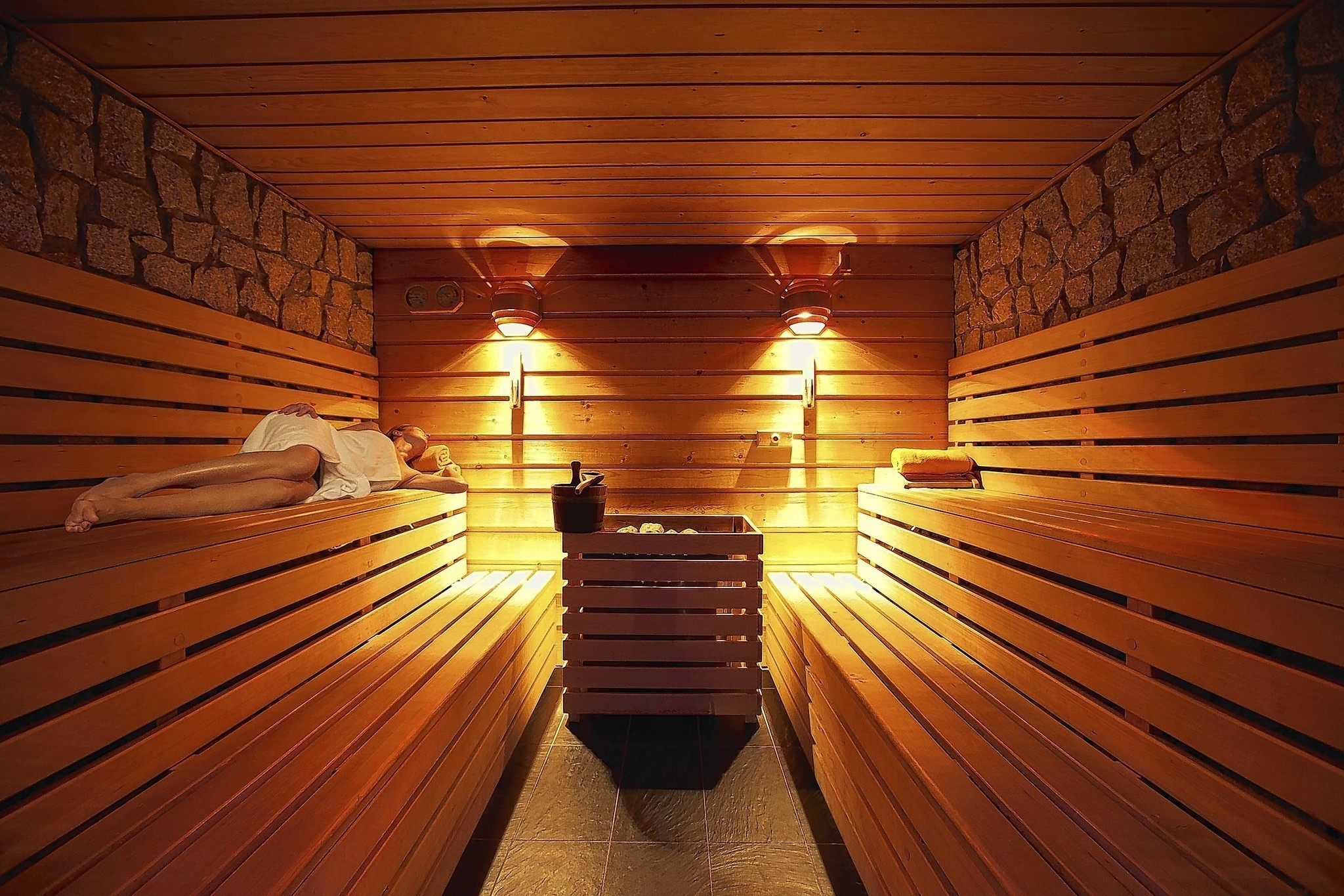 Hot Tips From A Summit Of Sauna Experts La Times