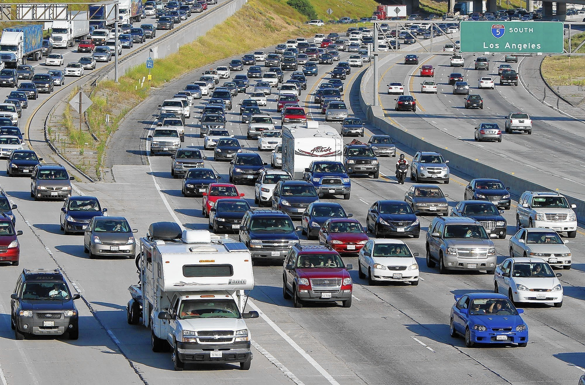 Memorial Day traffic expected to spike - LA Times