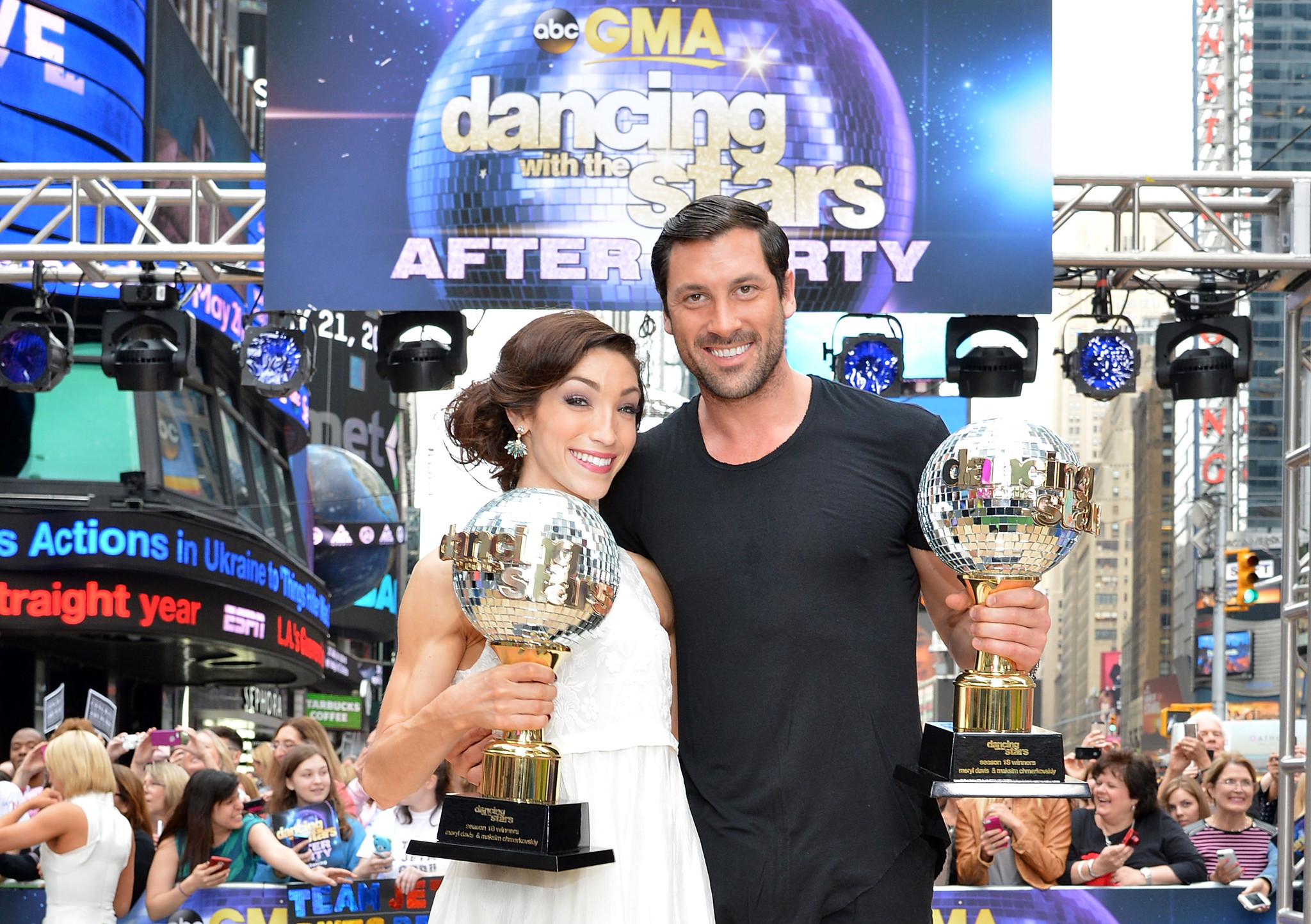 Maksim Chmerkovskiy Meryl Davis Declare We Re Not
