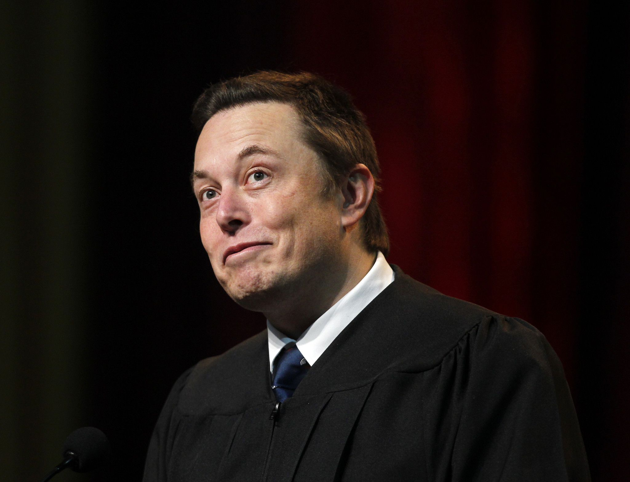 SpaceX CEO Elon Musk suggests rival hired official in ...