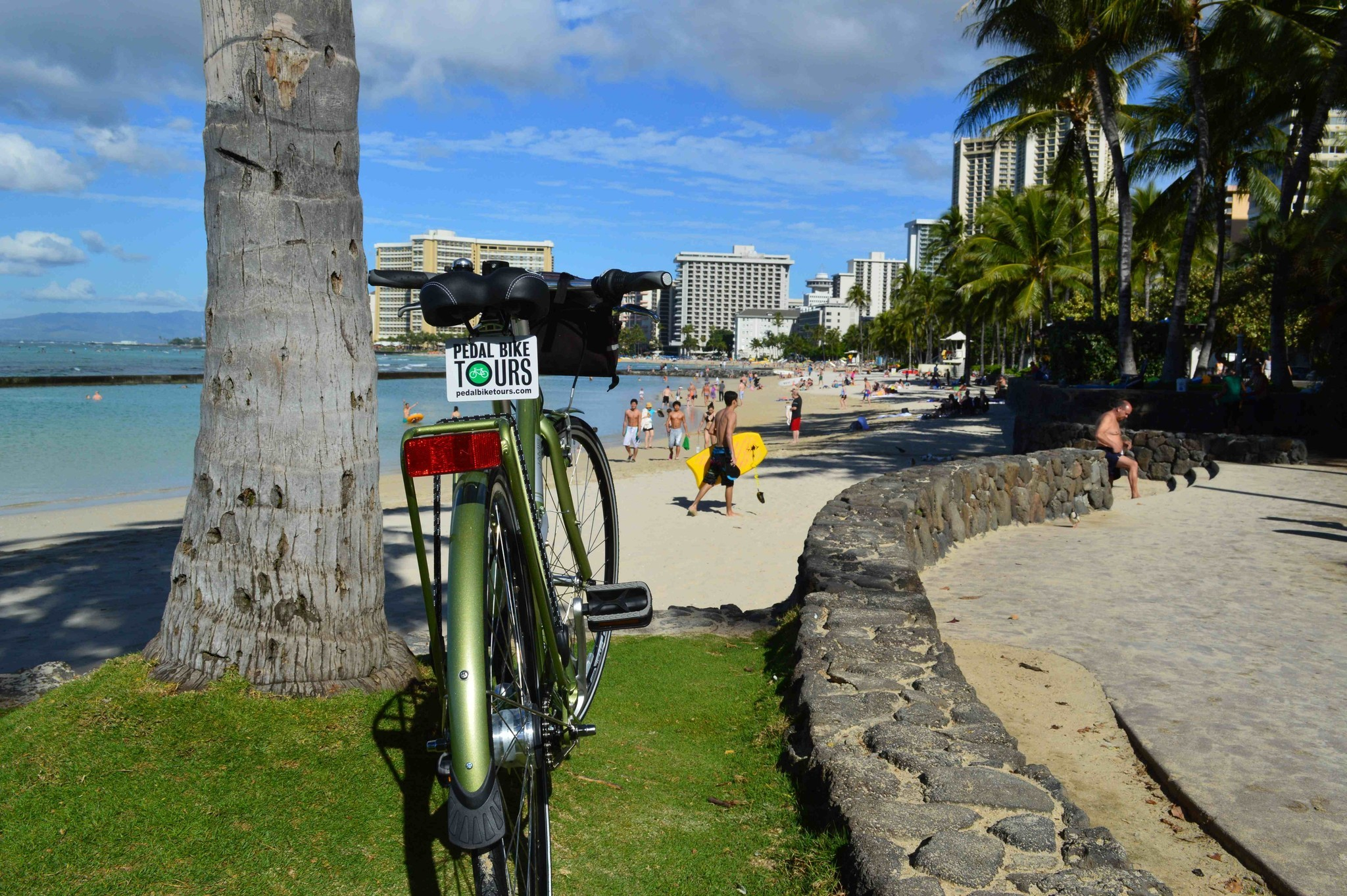Hawaii Two Waikiki Hotels Bike Packages Help Guests Go