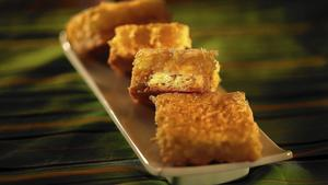 Julienne's lemon coconut bars