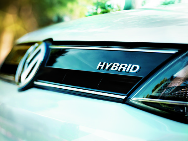 How Much Gas To Drive >> Do hybrid cars save money? - Chicago Tribune