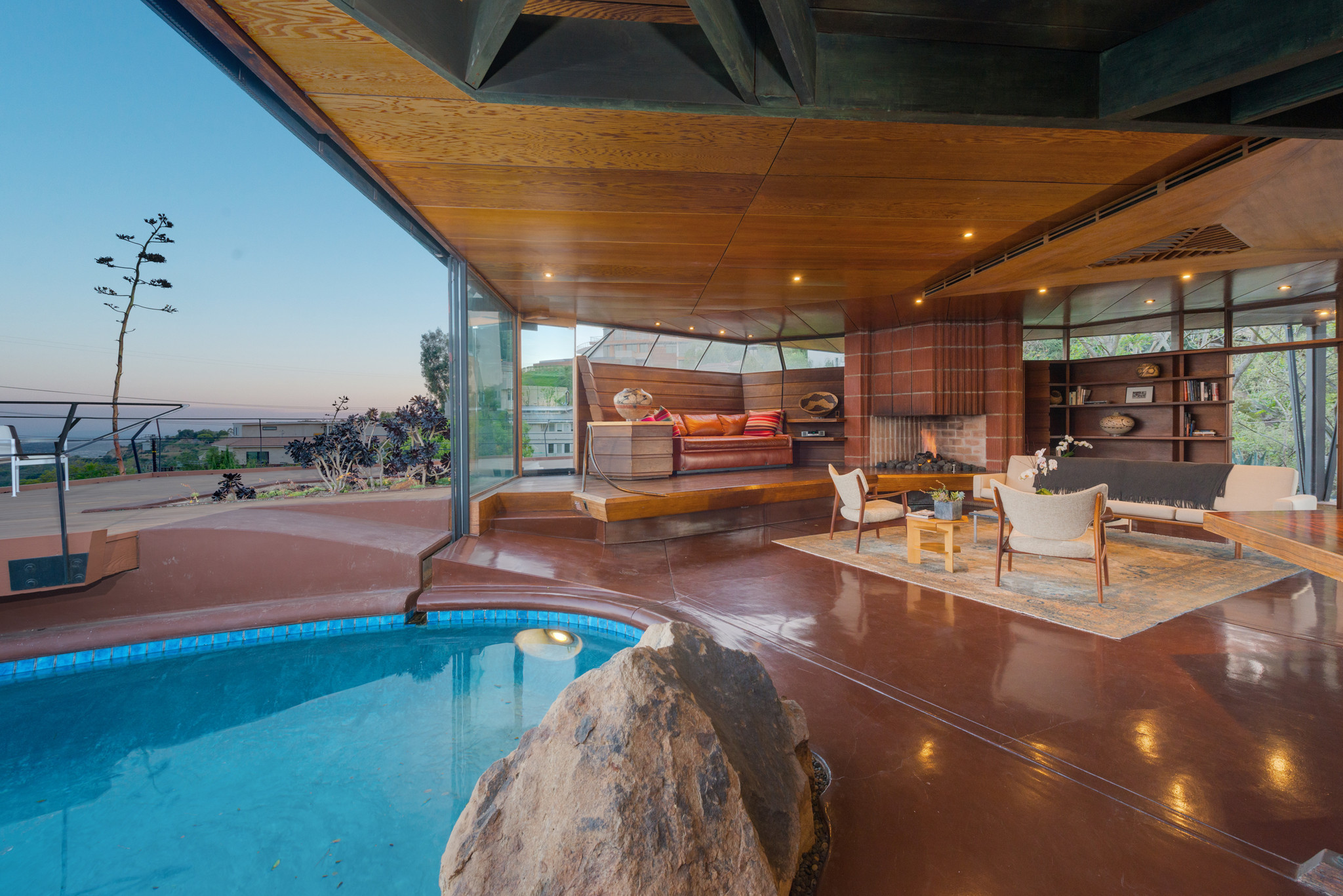 Home Of The Day John Lautner S Foster Carling House La Times