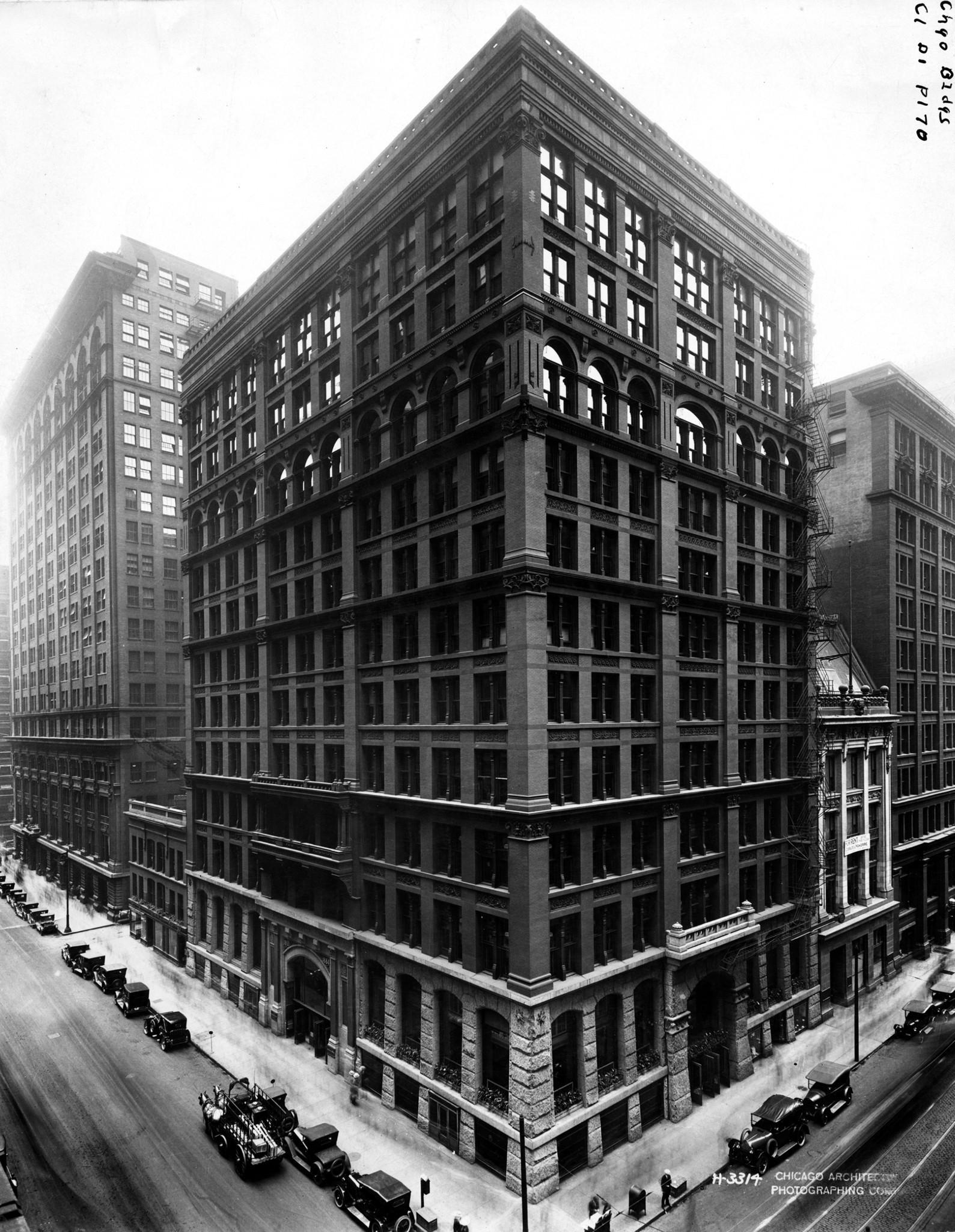 The Skyscraper 1884 Chicago Tribune