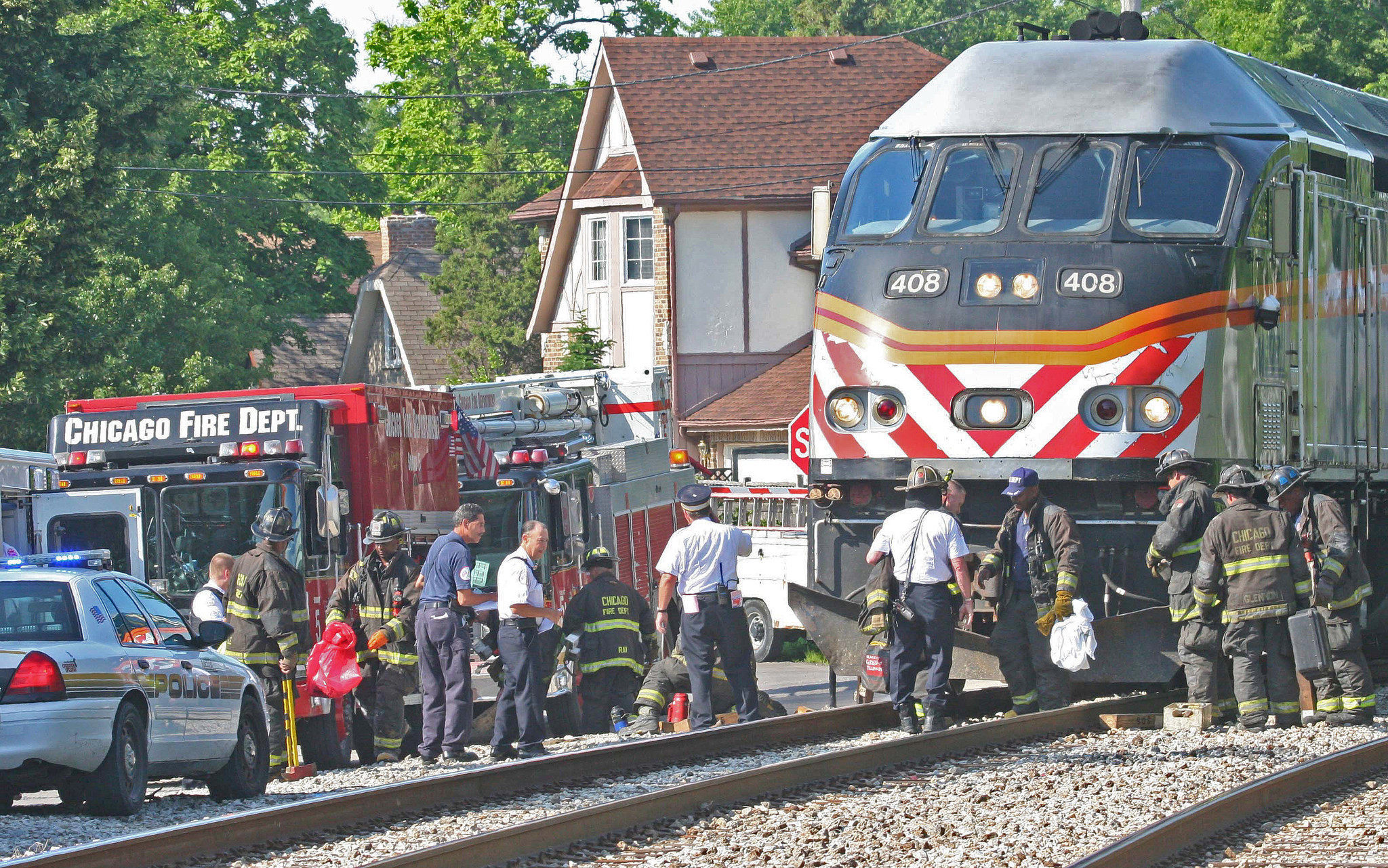 metra train strikes pedestrian on rock island line - chicago tribune