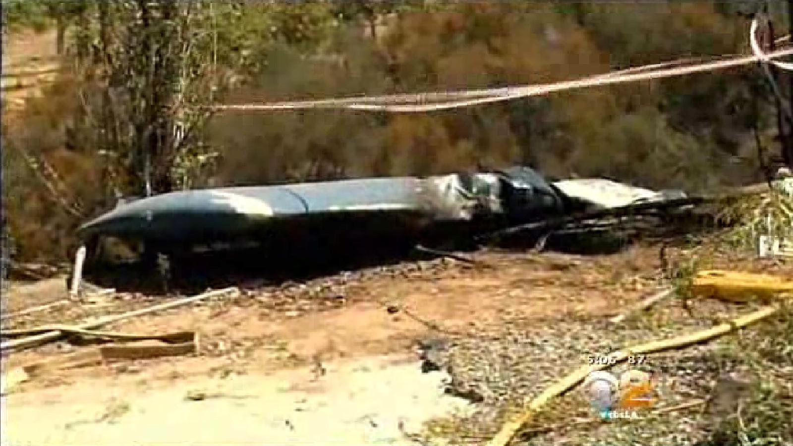 Three killed when plane crashes into cliff of Santa Ana Mountains