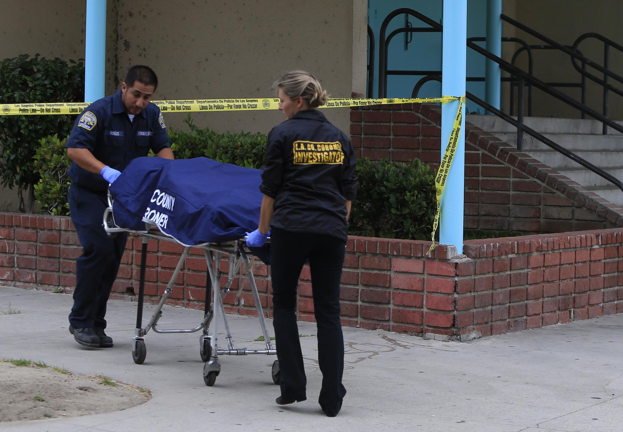 Man's body found near Markham Middle School in Watts - Los