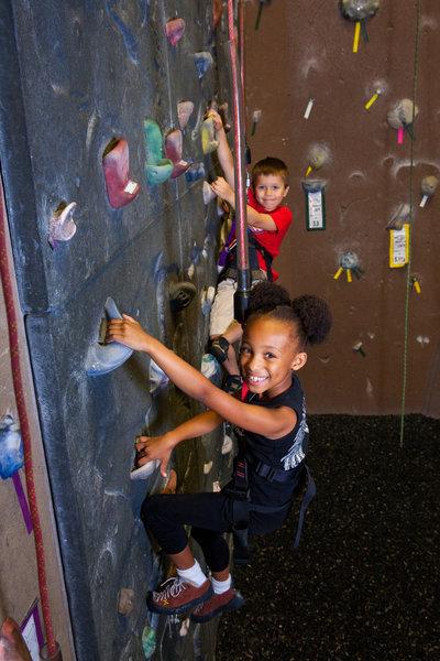 Indoor Rock Climbing Gym Opens Near Chicago Chicago Tribune