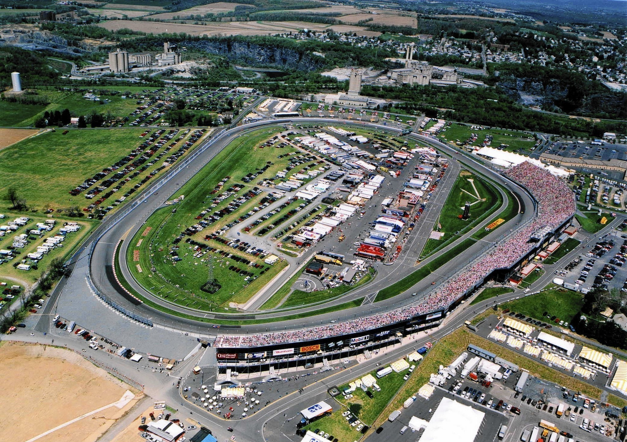 Nazareth Speedway sits idle, 1...