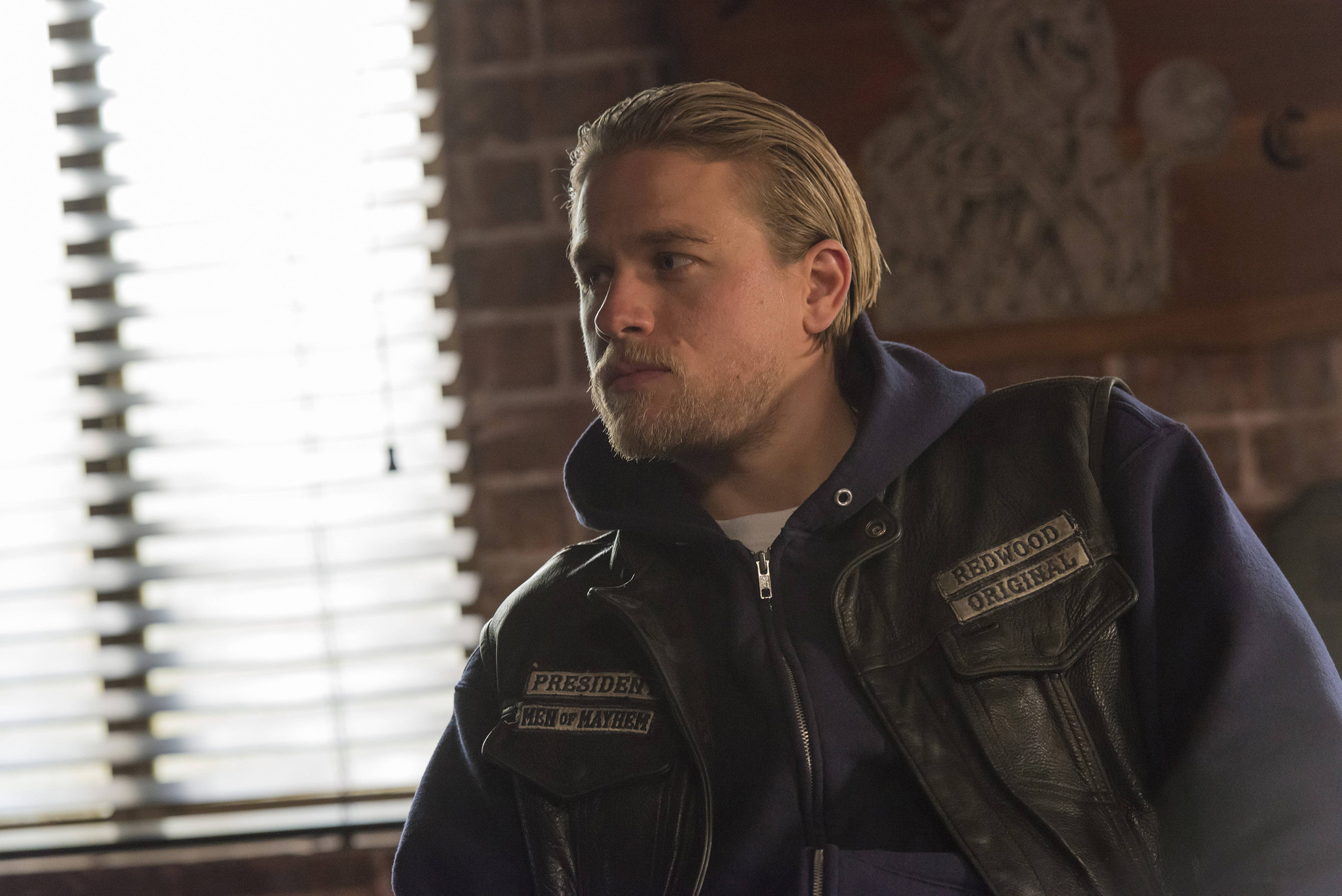Charlie Hunnam Soa: TV Picks: 'Happy Valley,' 'Sons Of Anarchy,' And 'The