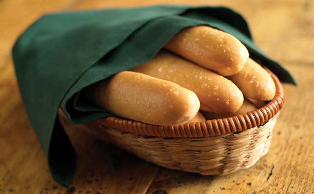 Menu For Olive Garden: Olive Garden Defends Unlimited Breadsticks Policy As