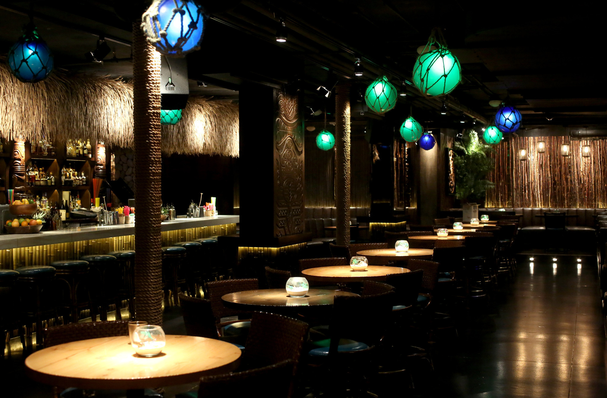 Aviary, Three Dots and a Dash among world's 50 best bars ...