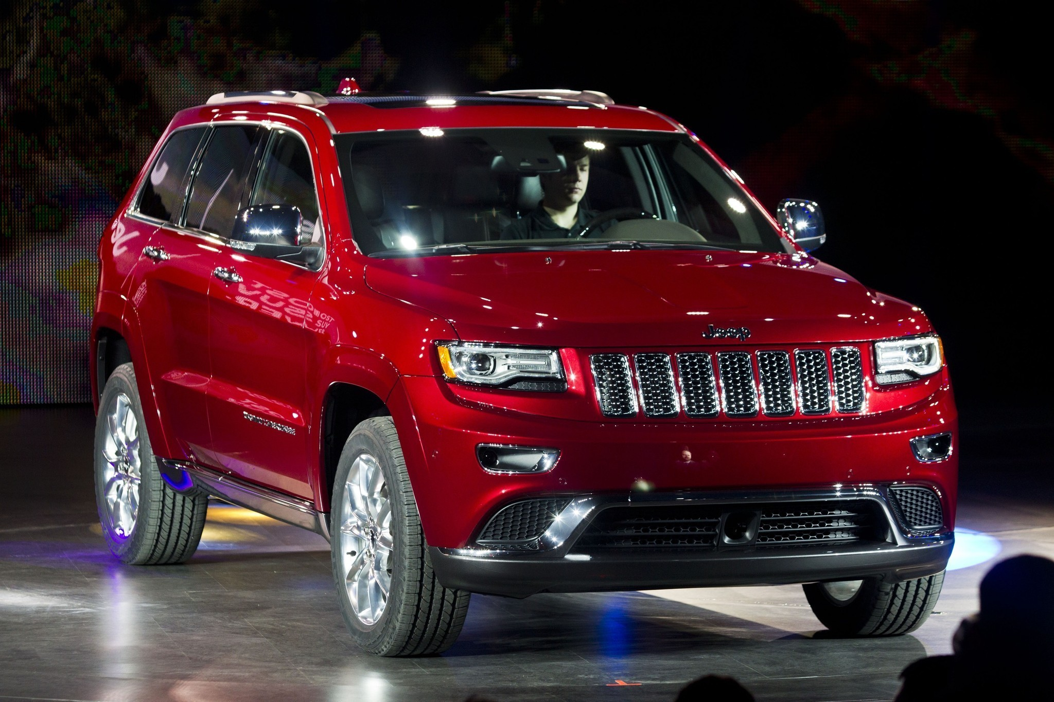 Chrysler Recalls Dodge Durangos, Jeep Grand Cherokees For
