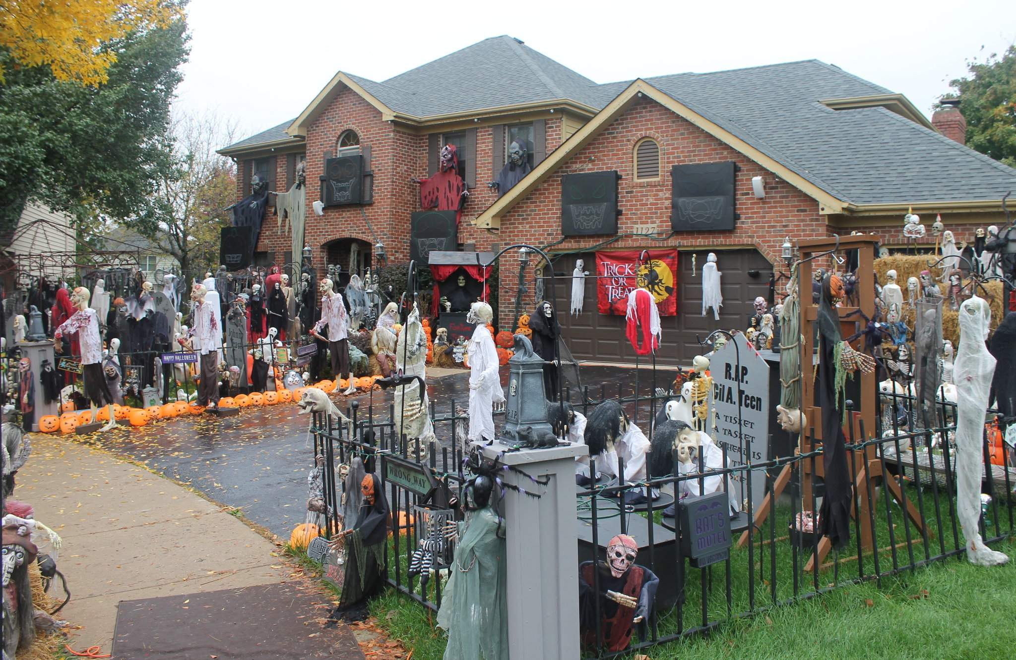 Haunted House In Naperville Garnering National Attention