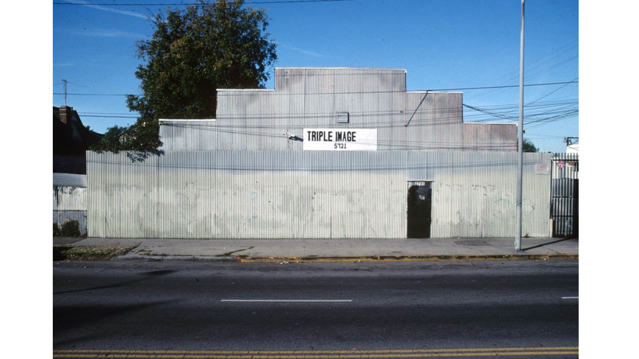 photo essay l a s architecture of insecurity