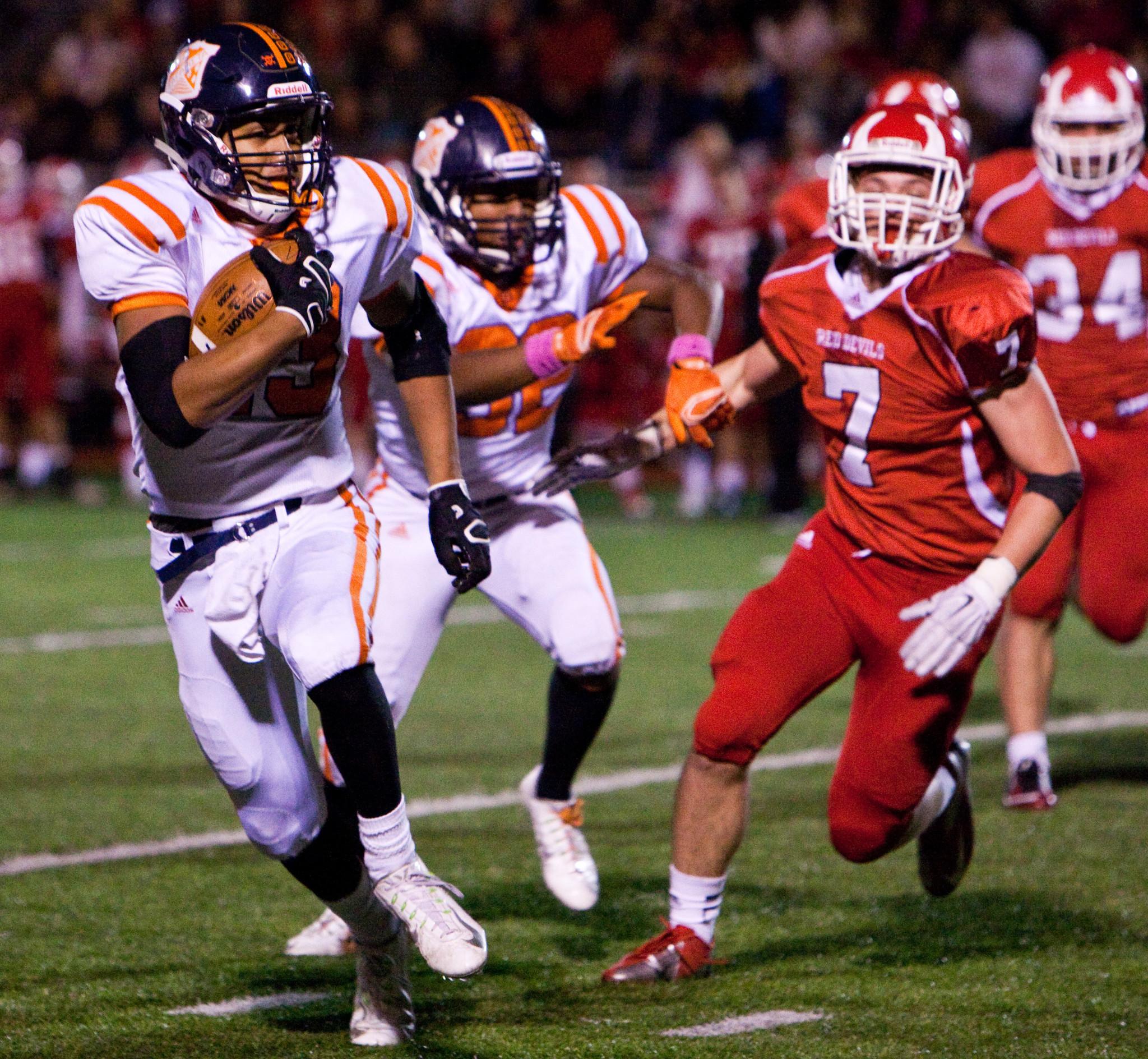 Football Oak Park Vs Hinsdale Central Rancho Santa Fe Review