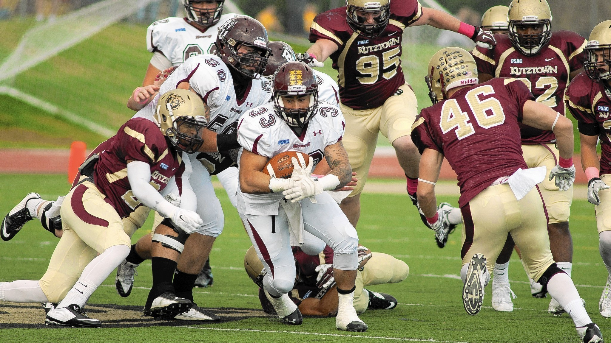 Mateo Bloomsburg Football Team Finish Off Kutztown The Morning Call