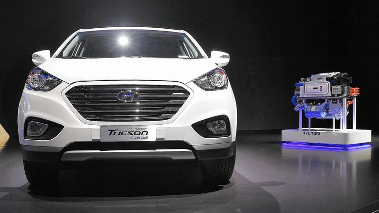 Automakers look to hydrogen fuel cell technology