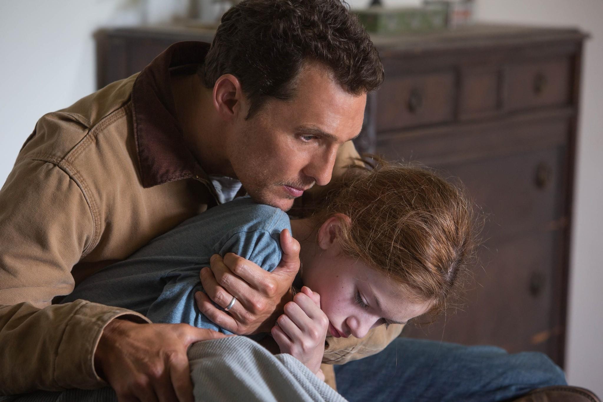 Matthew McConaughey and Mackenzie Foy in a scene from