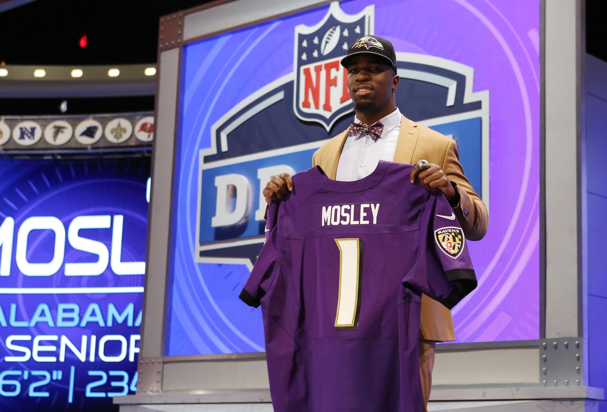 9f4de63ca284 After passing on Baltimore Ravens inside linebacker C.J. Mosley ...