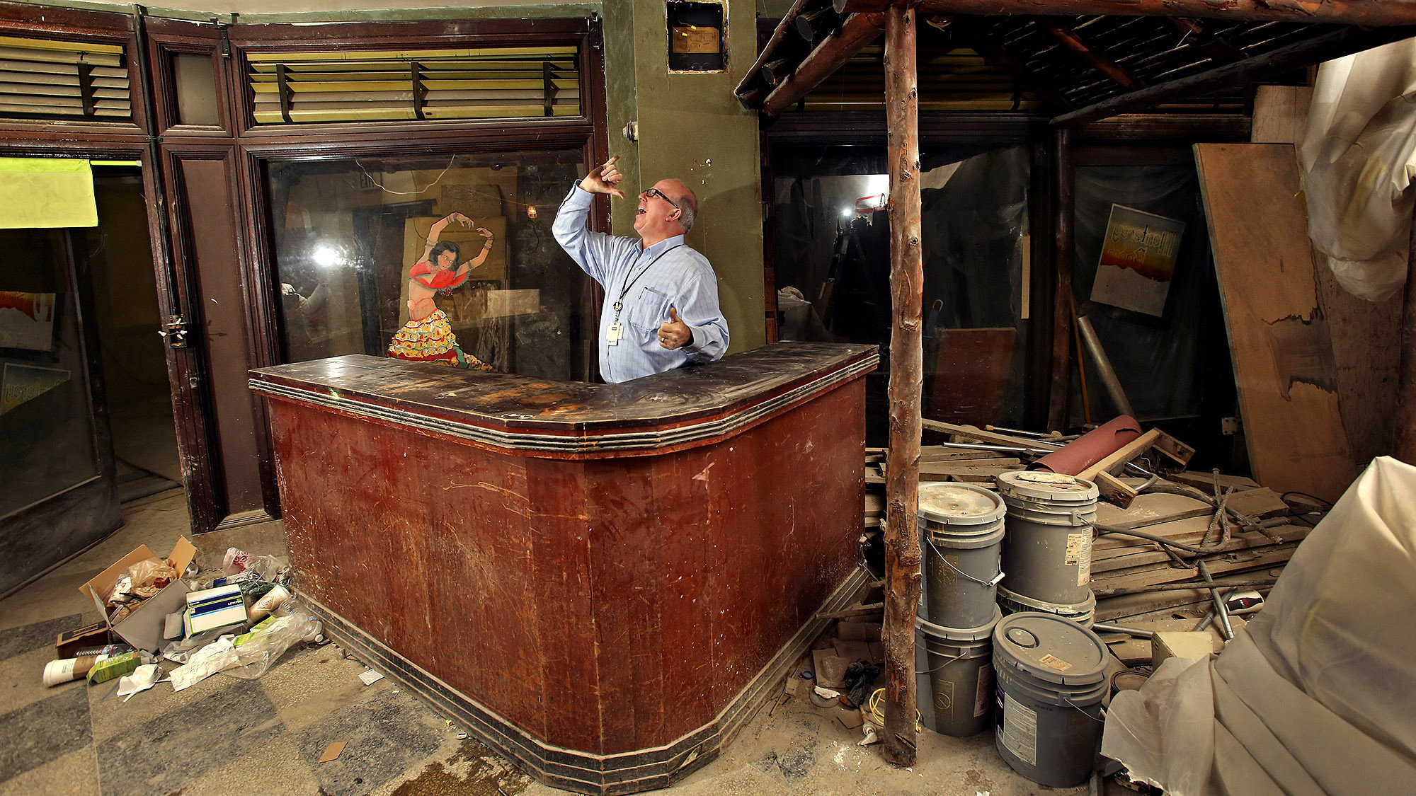 Downtown L A Speakeasy Rests Easy For Now La Times