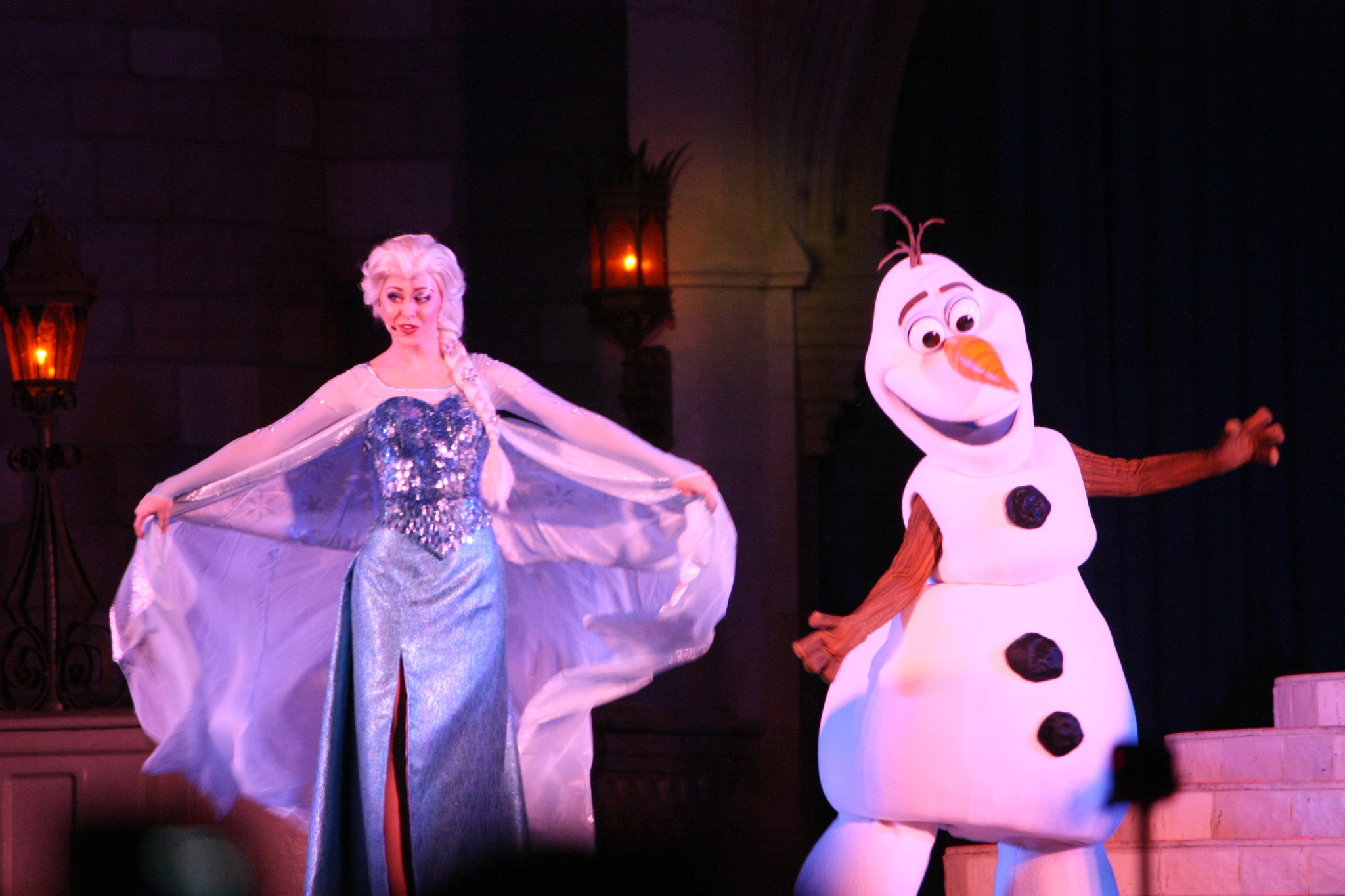 Pictures A Frozen Holiday Wish At Magic Kingdom Orlando