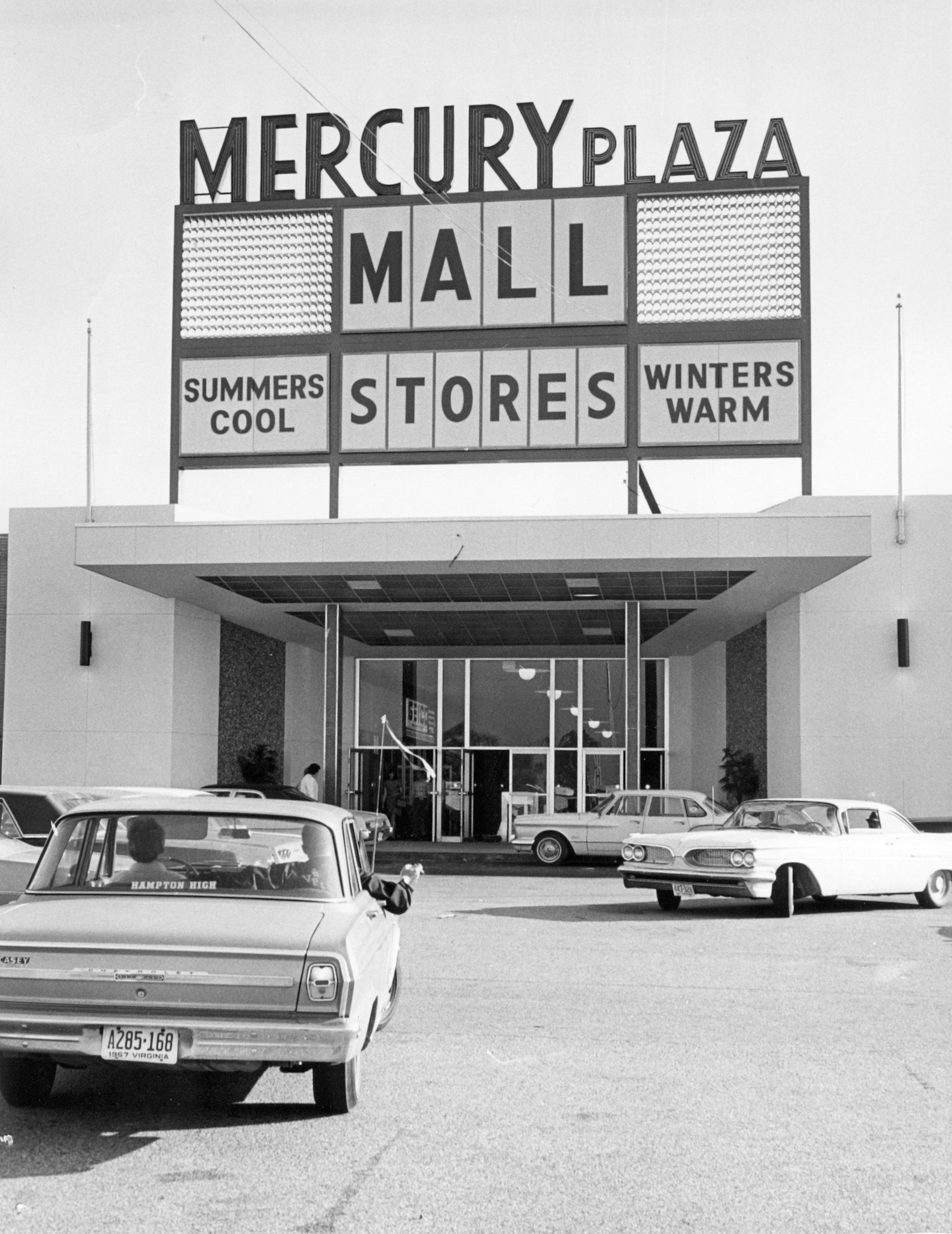 Array - look back  mercury plaza mall   daily press  rh   dailypress com