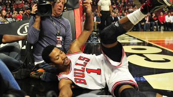 91557bcade5 Derrick Rose broke the Stupid-O-Meter with this one - Chicago Tribune