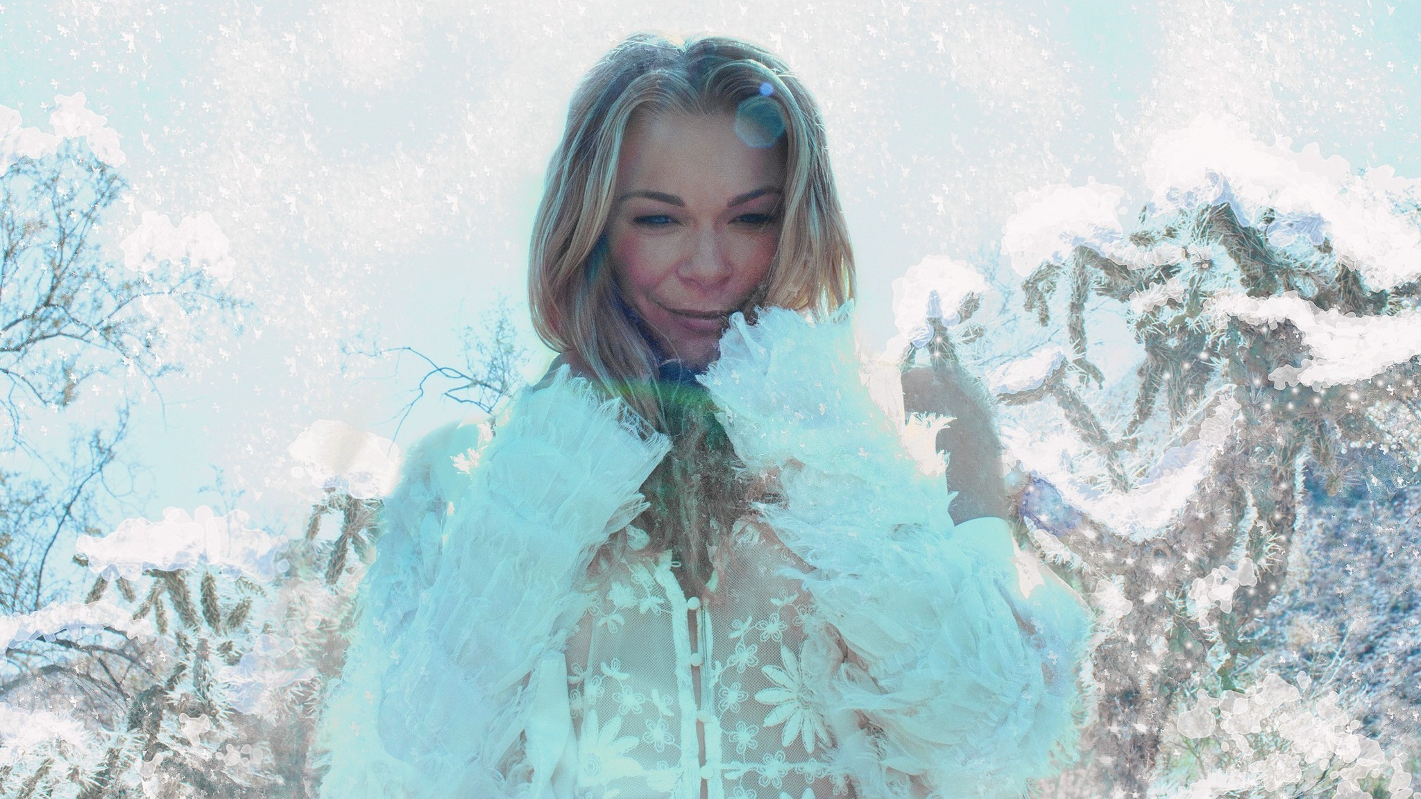 LeAnn Rimes performs a Christmas concert at Sands Bethlehem Event Center - The Morning Call