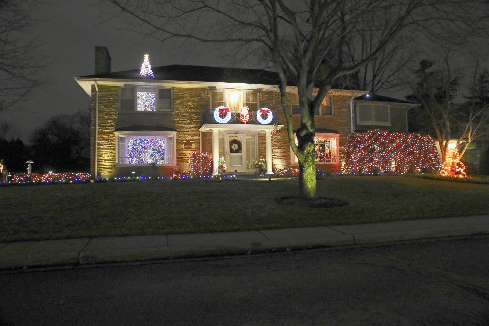 Top Chicagoland neighborhoods for holiday lights - Chicago Tribune