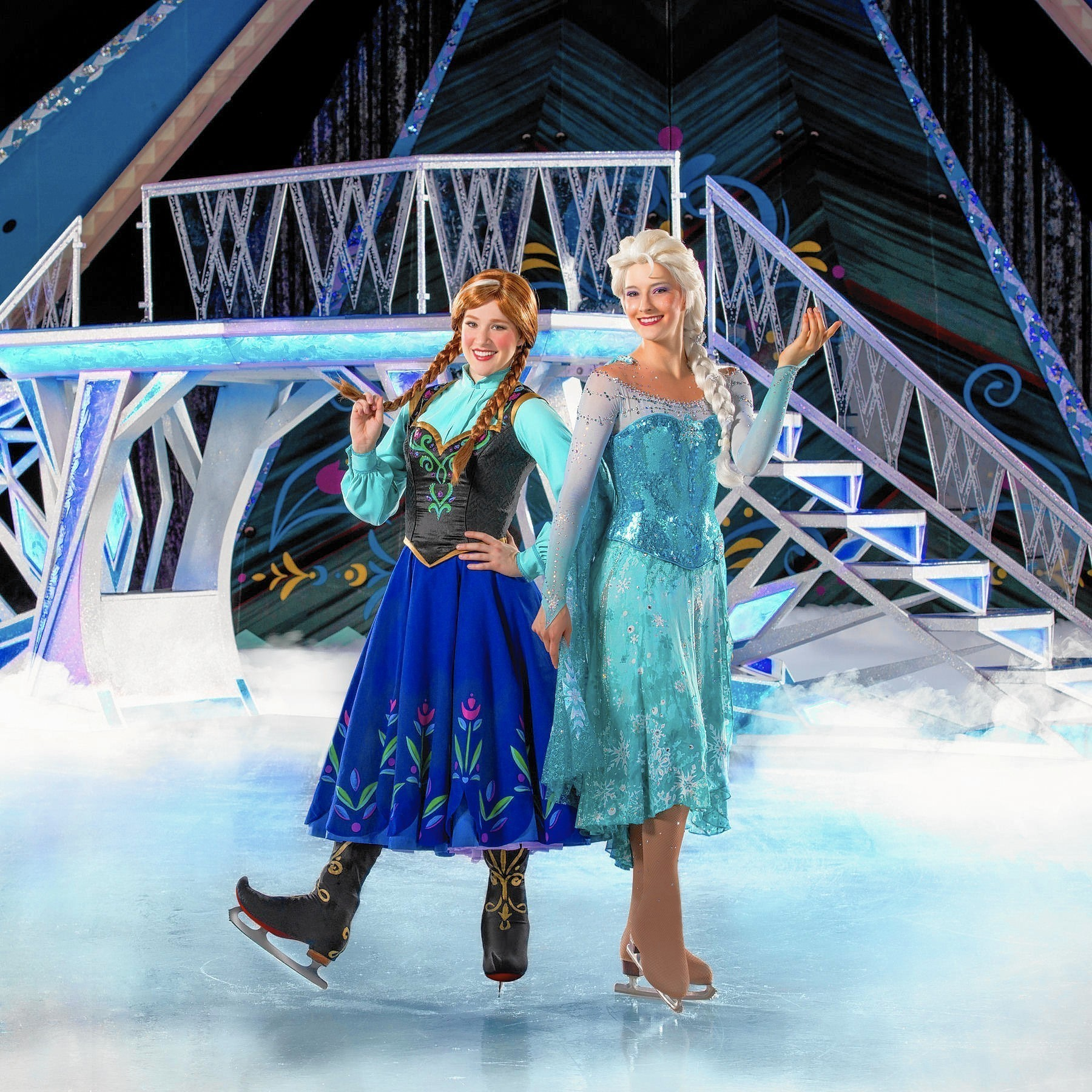 The Hit Disney Film Frozen Comes Alive In An Ice Show Complete