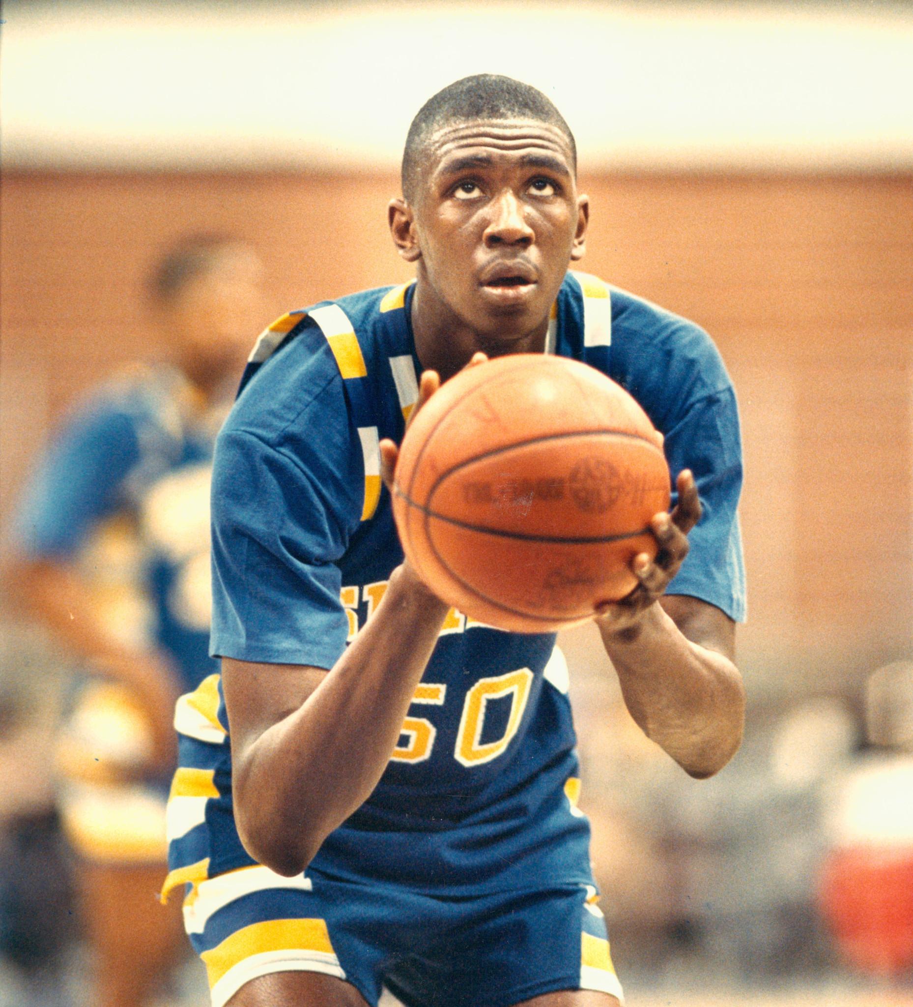 1989 Mr. Basketball of Illinois | Simeon's Deon Thomas: He ...