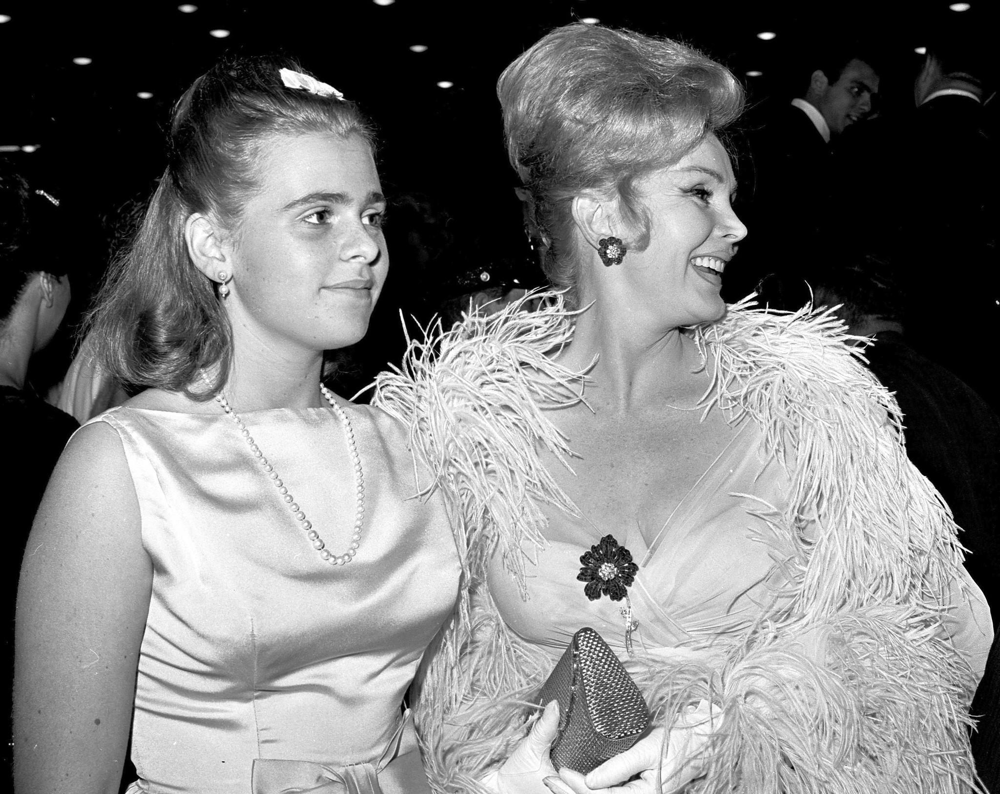 Conrad Hilton's family tree: Elizabeth Taylor, Zsa Zsa ... |Conrad Hilton Gabor