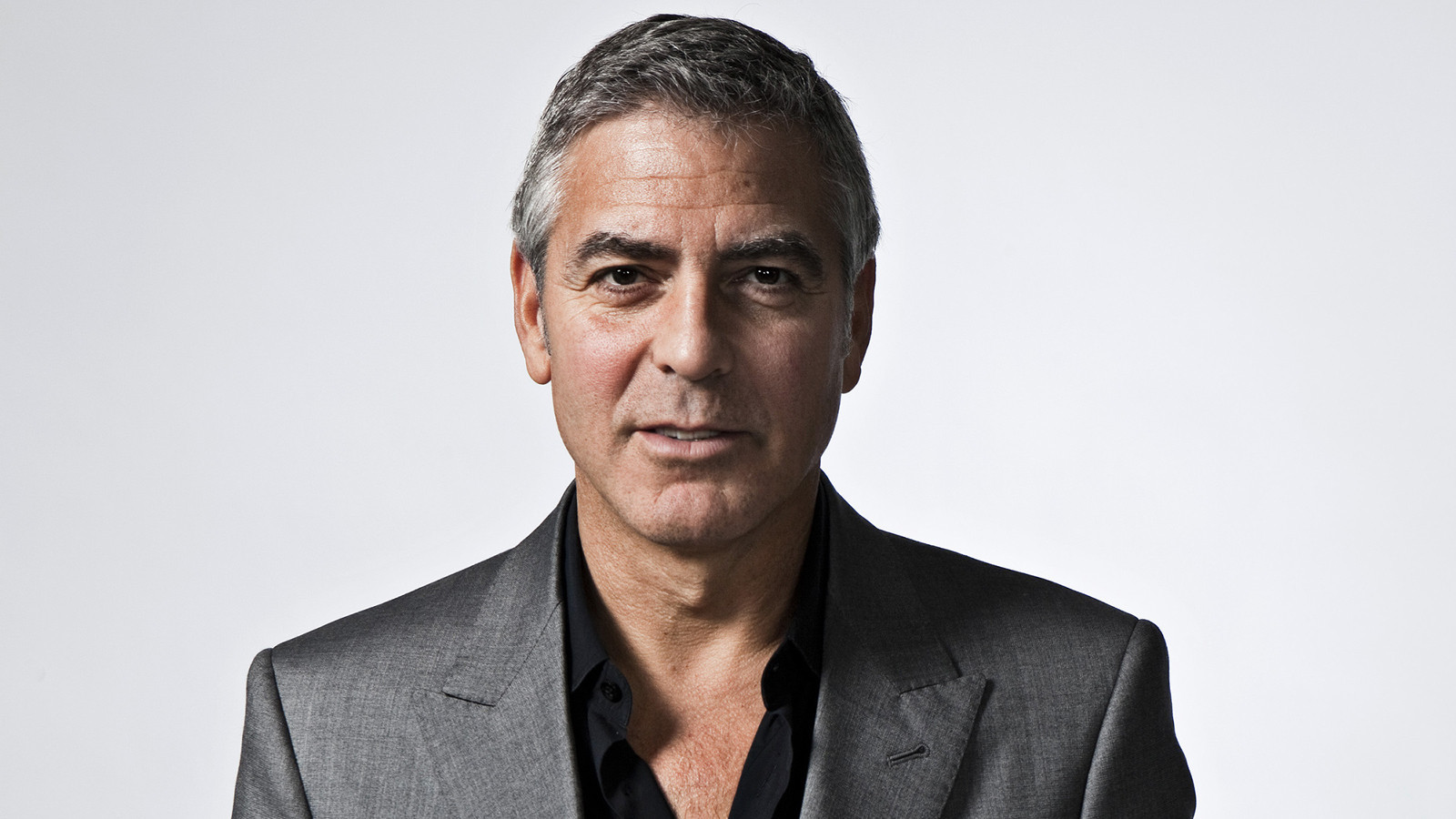 Golden Globes 2015: George Clooney, man in love, accepts ...