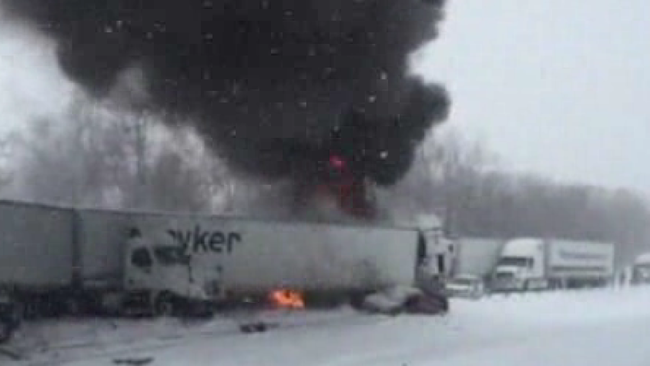 At least 1 dead in 123-vehicle pileup on Michigan interstate