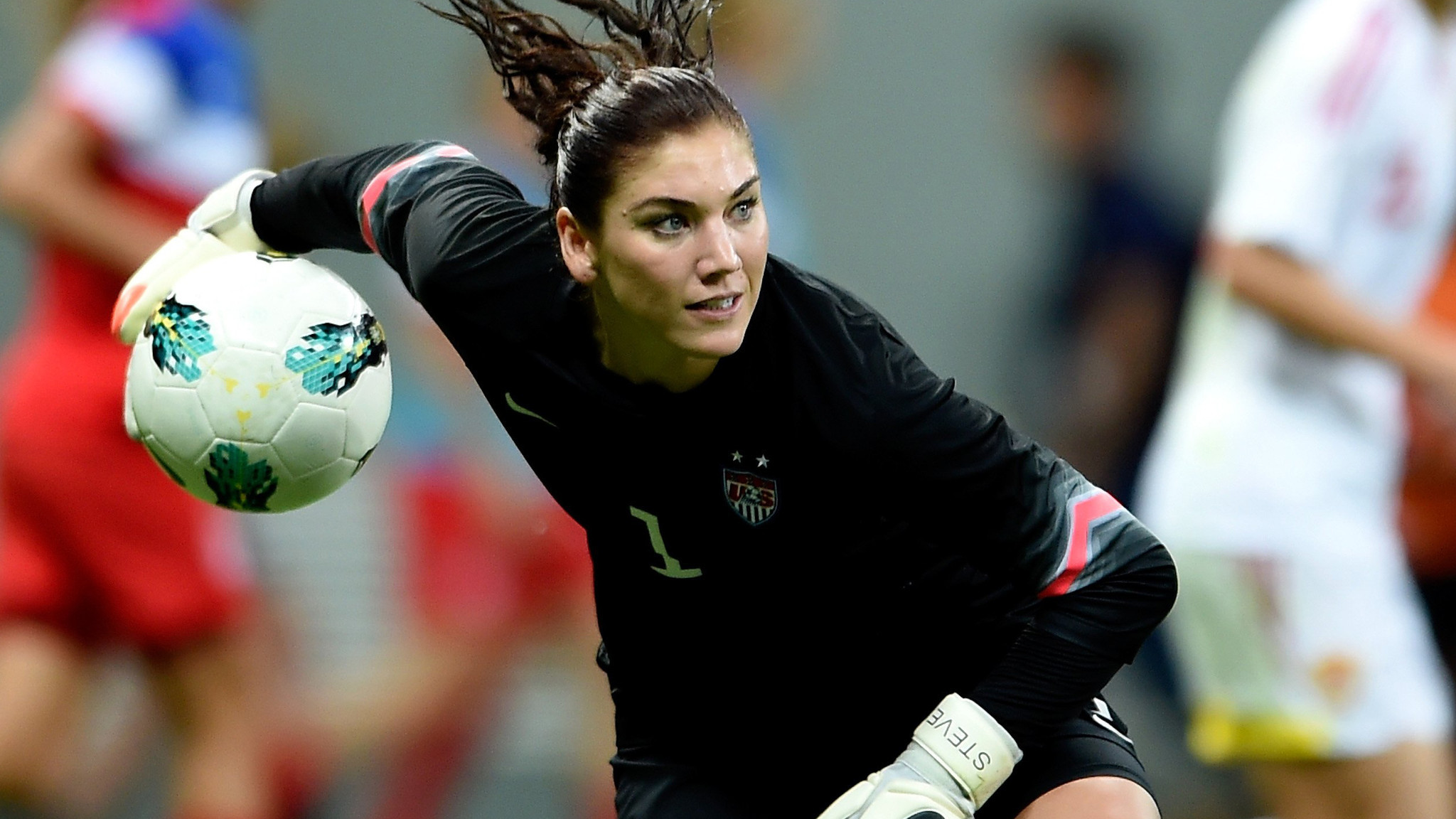 Hope Solo: FIFA should not vote U.S. as host of 2026 World Cup