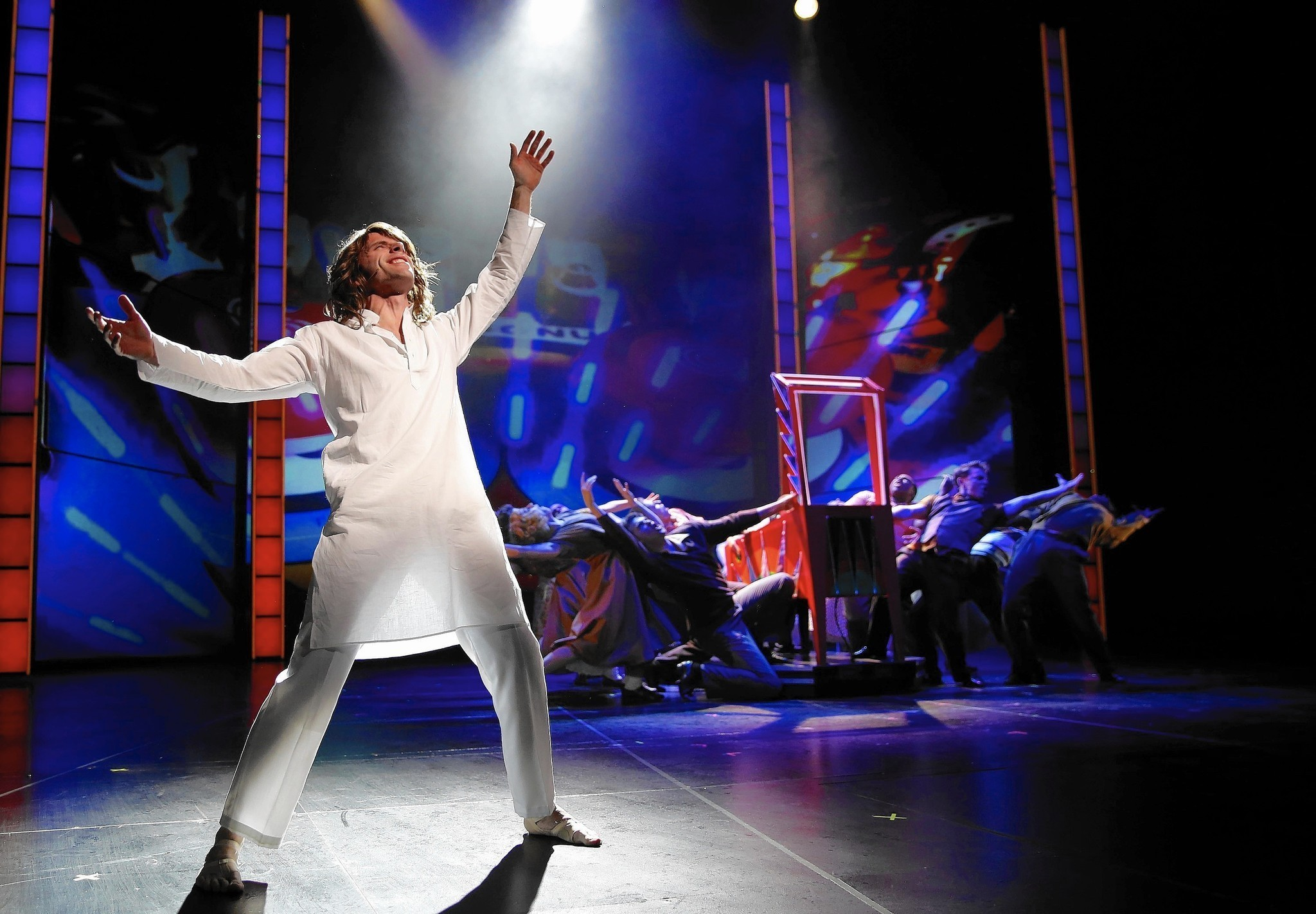 ddd25d7f965205 REVIEW   Tommy  at the Paramount Theatre in Aurora - Chicago Tribune