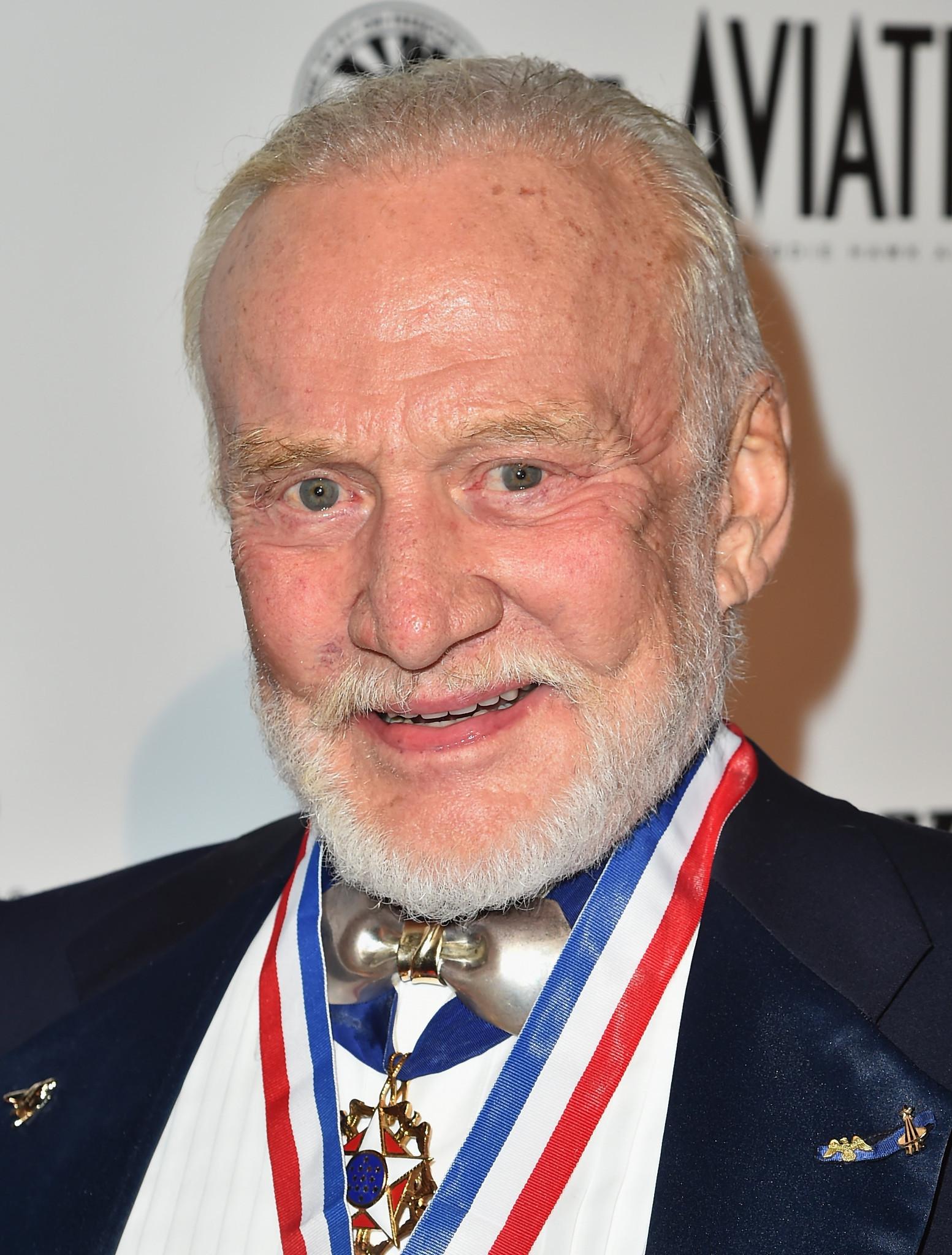 Astronaut Buzz Aldrin turns 85 - Orlando Sentinel