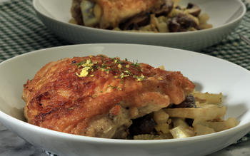 Chicken braised with fennel, mushrooms and olives