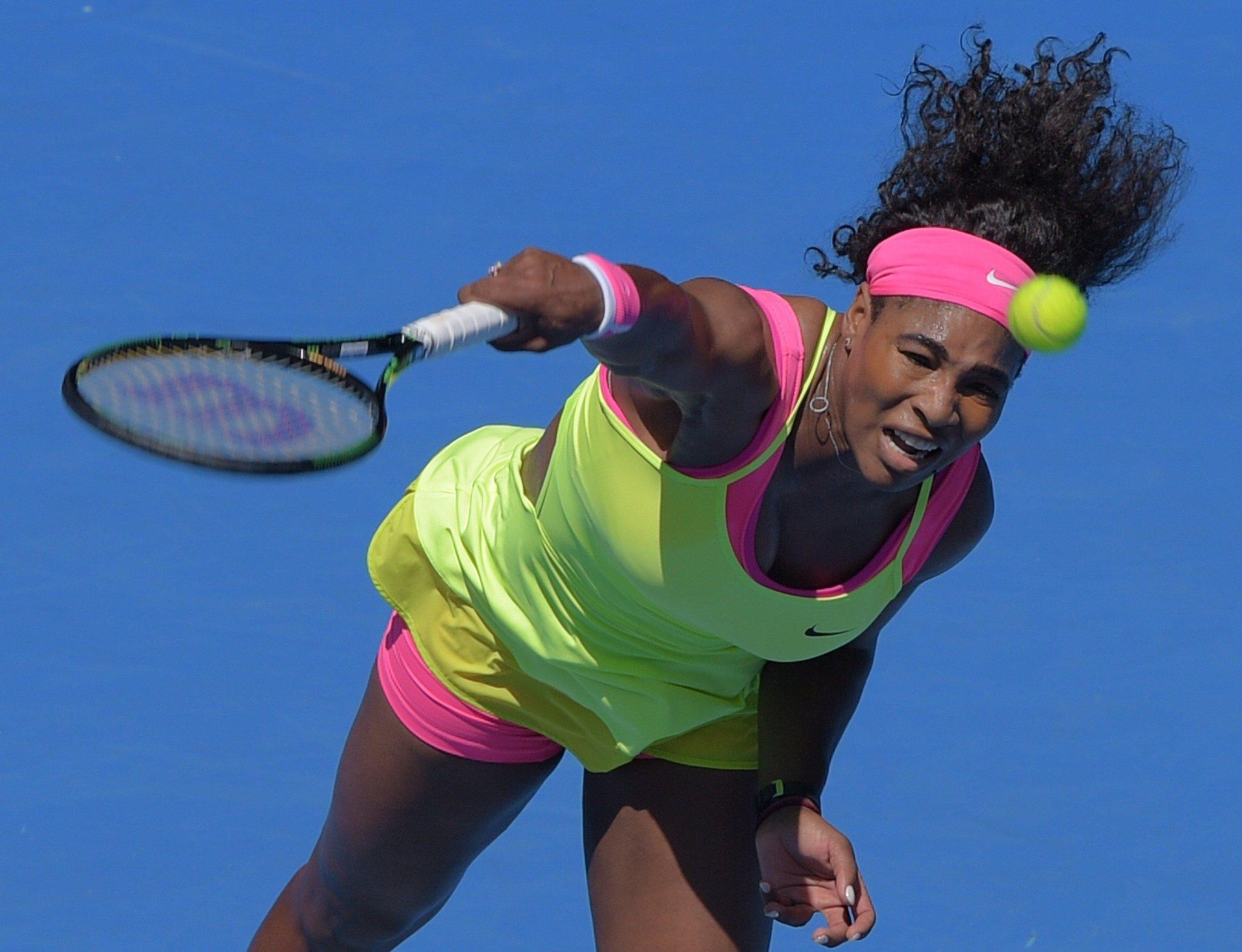 Serena Williams, Novak Djokovic advance at Australian Open - Chicago Tribune