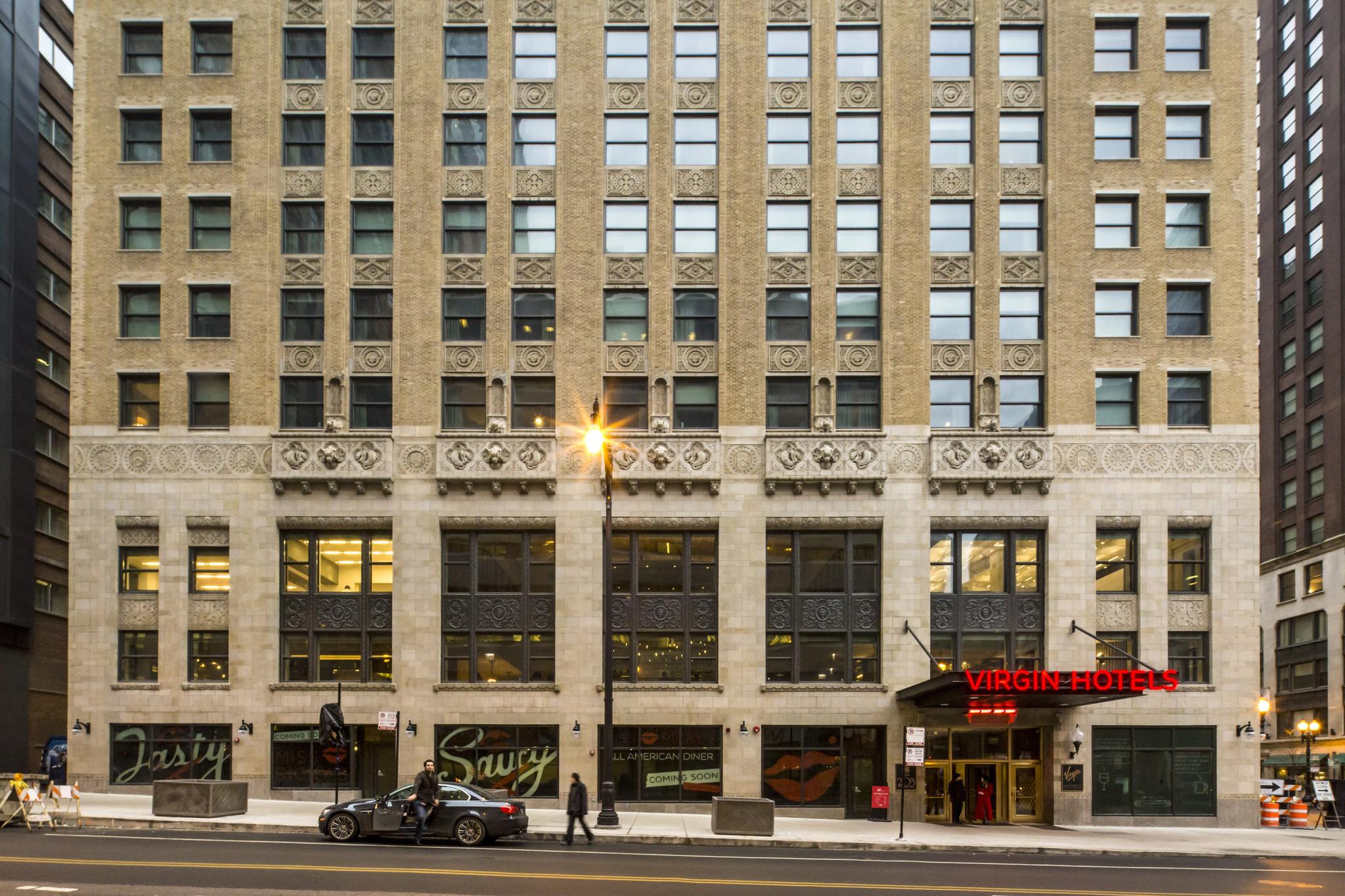 Virgin Hotel Chicago A Stylish Restoration Of Former Bank Building Tribune