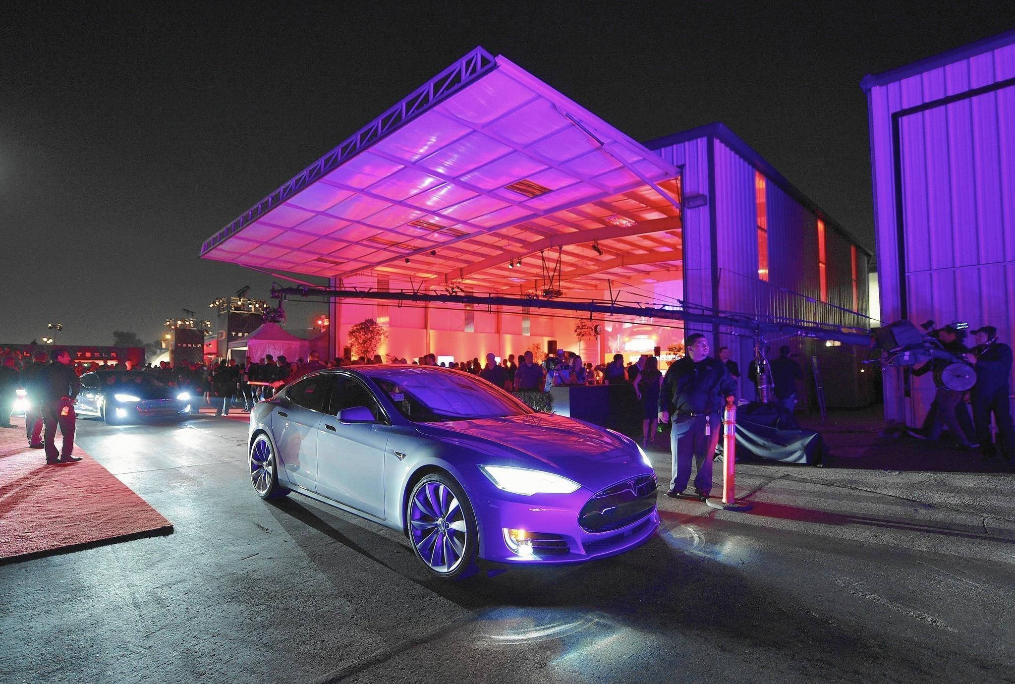 Tesla Is Moving Showroom To Eatonville Orlando Sentinel